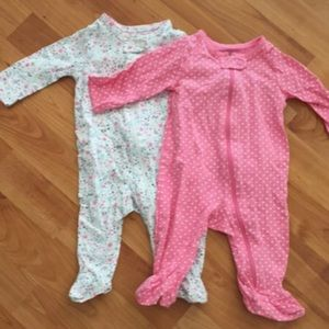 PRE-OWNED CARTERS BABY FOOTED ONE PIECE SZ 0-3M